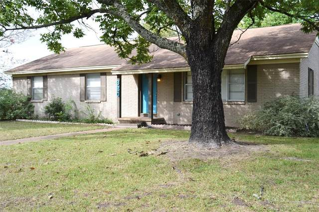 620 W Houston Street, Lovelady, TX 75851 (MLS #45833458) :: The SOLD by George Team