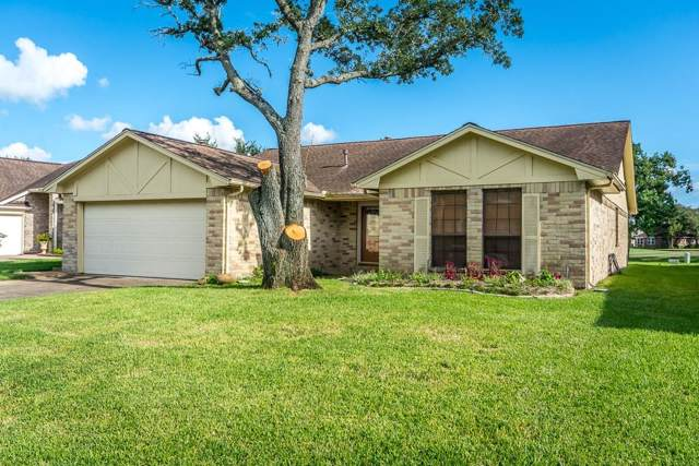 3430 N Peach Hollow Circle, Pearland, TX 77584 (MLS #45866333) :: The Queen Team