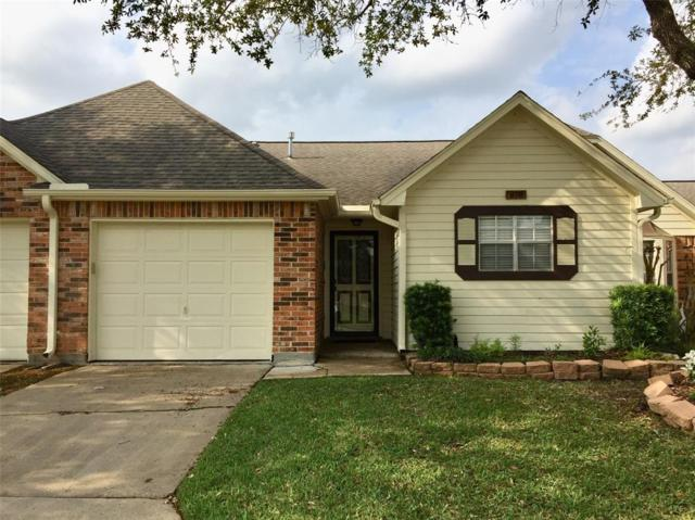 618 W Country Grove Circle, Pearland, TX 77584 (MLS #45872545) :: Texas Home Shop Realty
