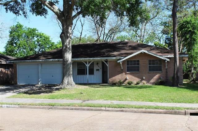 5910 Newquay Street, Houston, TX 77085 (MLS #45896843) :: The Parodi Team at Realty Associates