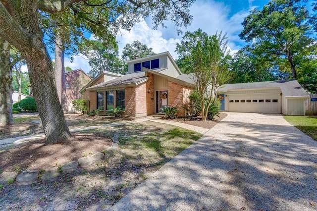 3406 Forest Village Drive, Houston, TX 77339 (MLS #45912763) :: Michele Harmon Team