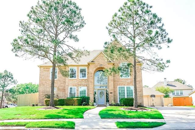 2881 Morning Pond Lane, Dickinson, TX 77539 (MLS #45926982) :: The Parodi Team at Realty Associates