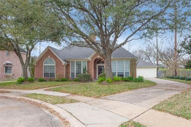 4502 Devonshire Street, Sugar Land, TX 77479 (MLS #45990858) :: The Parodi Team at Realty Associates