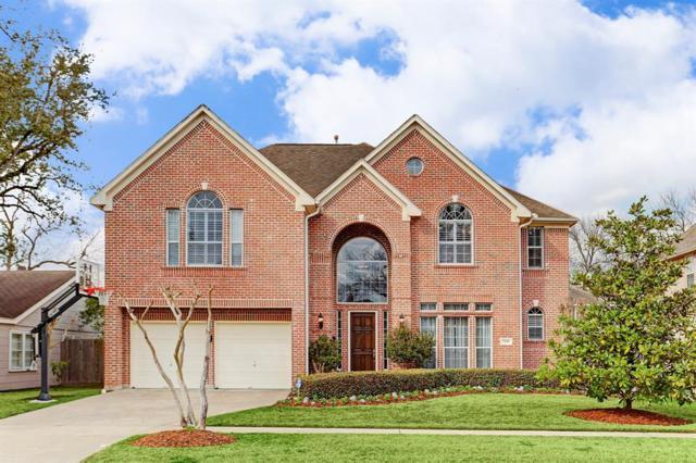 5118 Locust Street, Bellaire, TX 77401 (MLS #45991377) :: Fanticular Real Estate, LLC
