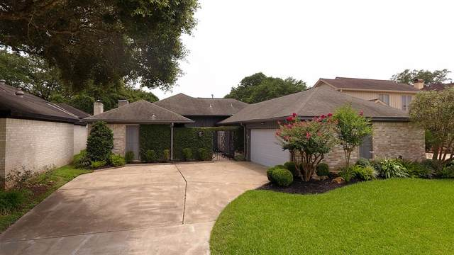 12 Crestwood Circle, Sugar Land, TX 77478 (MLS #46005928) :: NewHomePrograms.com LLC