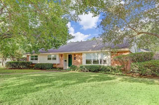 11627 Ashcroft Drive, Houston, TX 77035 (MLS #46203030) :: Caskey Realty