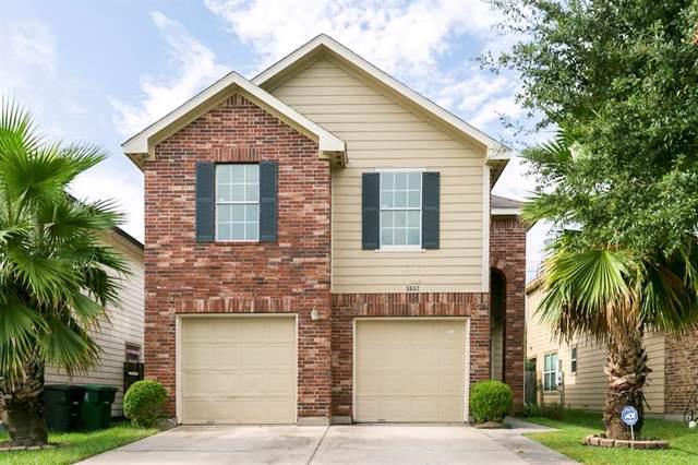 4618 Twin Timber Court, Fresno, TX 77545 (MLS #46212865) :: The Sansone Group