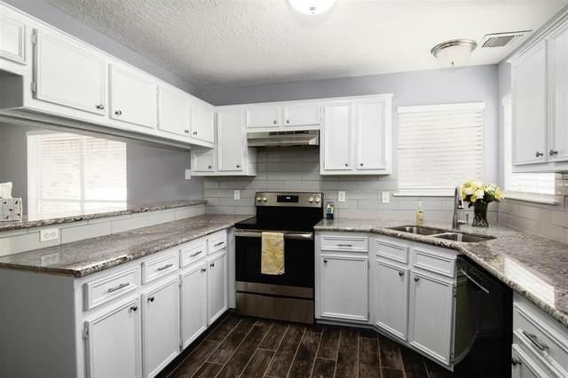566 Birdsong Drive, League City, TX 77573 (MLS #46296745) :: Parodi Group Real Estate