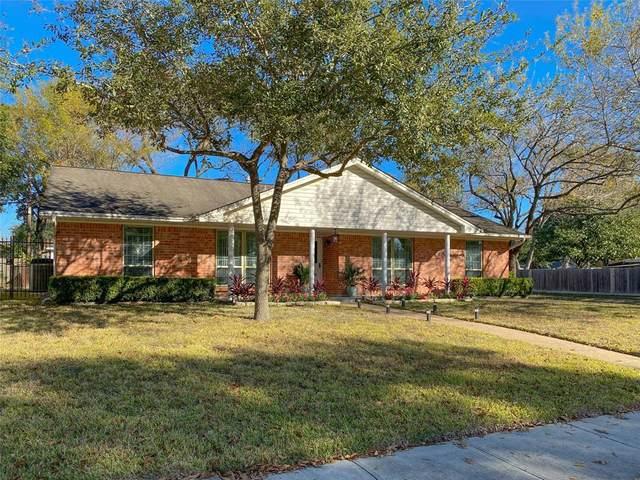 5802 Hewitt Drive, Houston, TX 77092 (MLS #46344443) :: The Home Branch