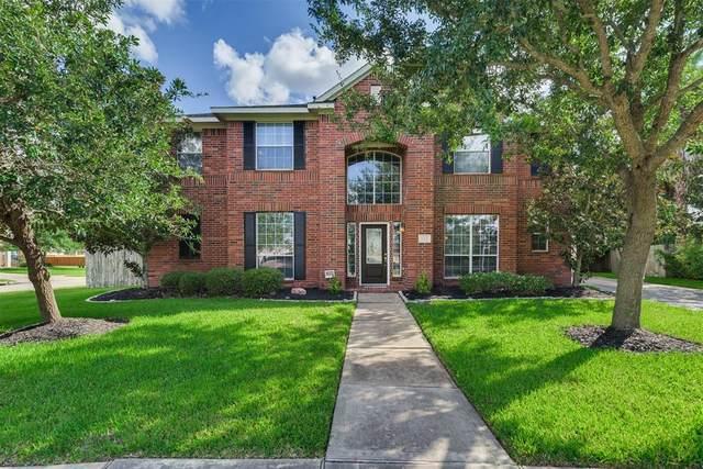 710 Arlington Lane, Rosenberg, TX 77469 (MLS #46375493) :: The SOLD by George Team