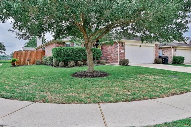 398 Henry Street, Alvin, TX 77511 (MLS #46417449) :: Michele Harmon Team