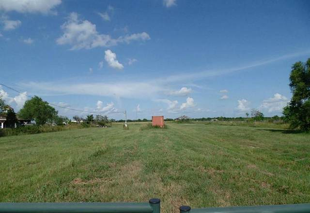 495 County Road 613, Dayton, TX 77535 (MLS #46431612) :: The SOLD by George Team