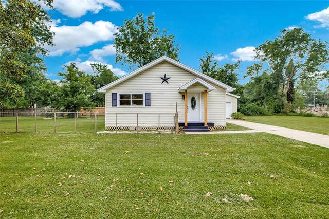465 W Smith Street, Sour Lake, TX 77659 (MLS #46505513) :: The Freund Group
