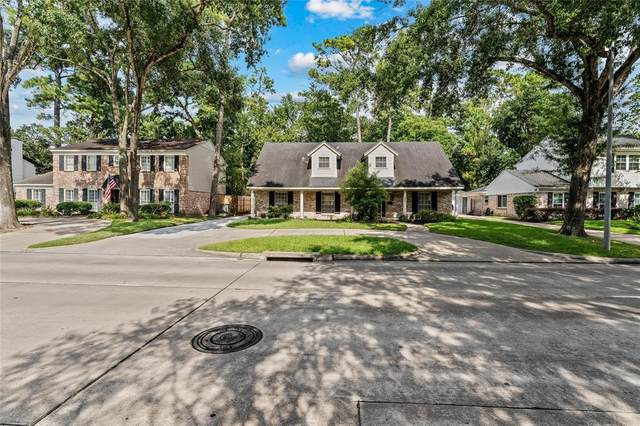 814 N Wilcrest Drive, Houston, TX 77079 (MLS #46590339) :: My BCS Home Real Estate Group