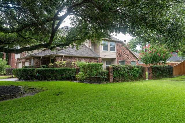 11402 Crayford Drive, Houston, TX 77065 (#46630234) :: ORO Realty