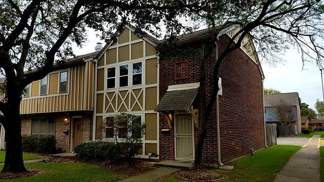10428 Hammerly Boulevard #51, Houston, TX 77043 (MLS #4664825) :: The SOLD by George Team