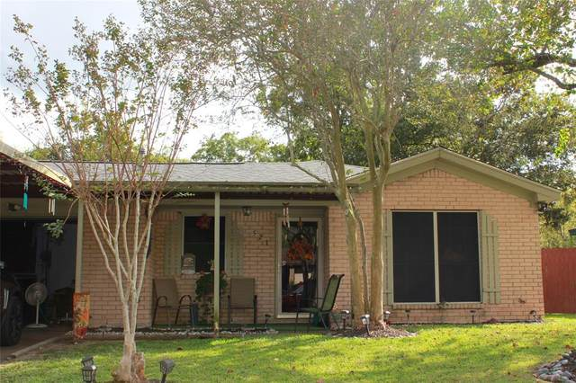 521 W Mimosa Street, Angleton, TX 77515 (MLS #46656458) :: Homemax Properties