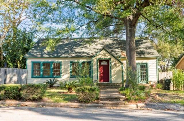 203 E Wheat Street, Woodville, TX 75979 (MLS #46841309) :: Michele Harmon Team