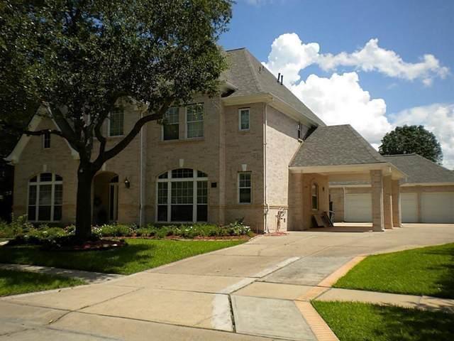 11 Lake Mist Drive, Sugar Land, TX 77479 (MLS #46894746) :: Green Residential
