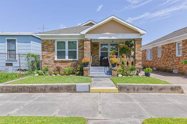 4420 Avenue K Avenue, Galveston, TX 77550 (MLS #46920415) :: The Property Guys