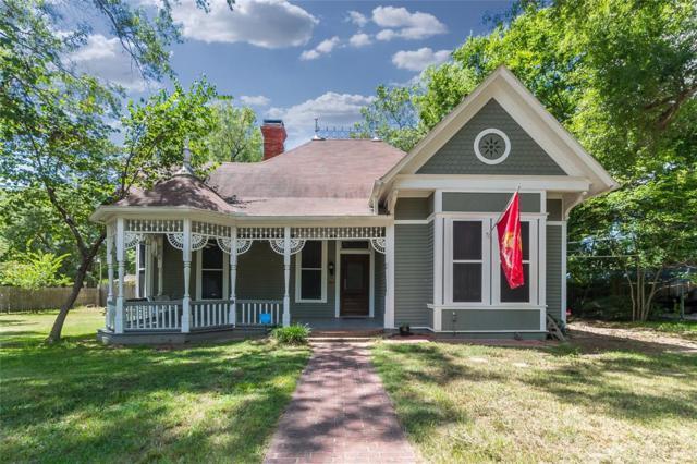 725 N Oakhurst, Livingston, TX 77351 (MLS #46990277) :: The SOLD by George Team