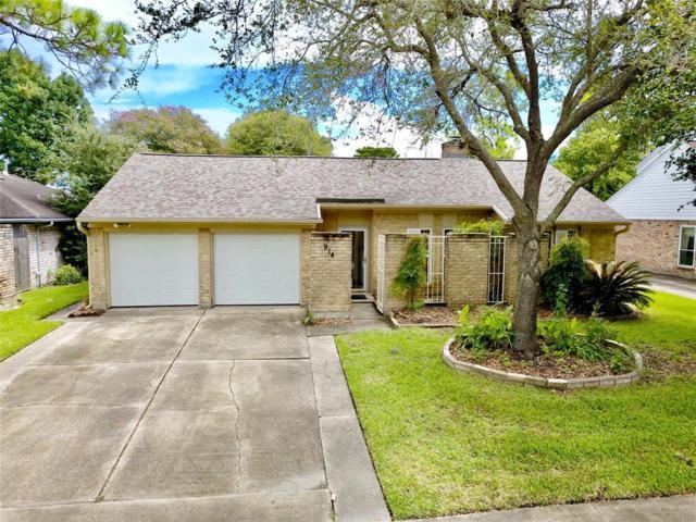 914 Halewood Drive, Houston, TX 77062 (MLS #47095211) :: The Heyl Group at Keller Williams