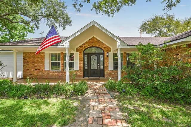 618 Bay Vista Drive, Seabrook, TX 77586 (MLS #47193237) :: The Home Branch