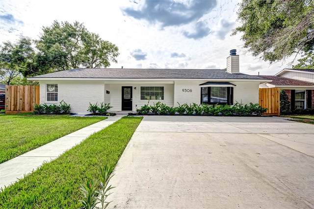 9306 Bintliff Drive, Houston, TX 77074 (MLS #47214087) :: The Freund Group