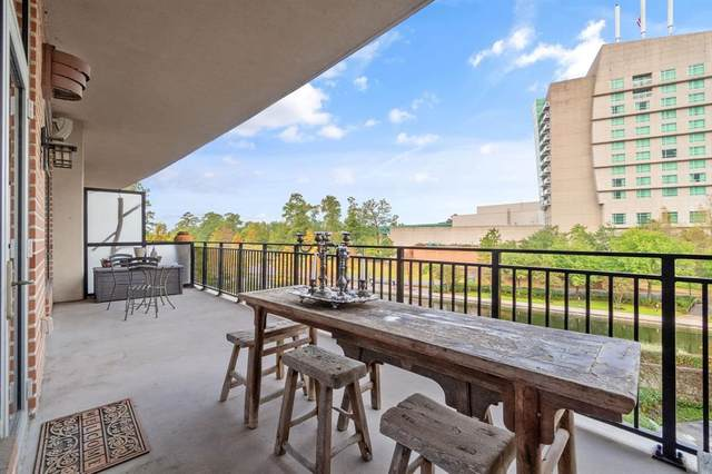 3 Waterway Court Court 3C, The Woodlands, TX 77380 (MLS #47250582) :: The Bly Team