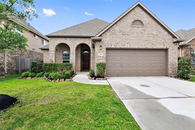 4841 Palomar Lane, League City, TX 77573 (MLS #47326311) :: Texas Home Shop Realty