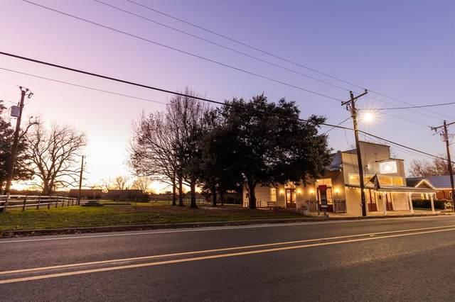 5120 Main Street Street, Chappell Hill, TX 77426 (MLS #47343950) :: Green Residential