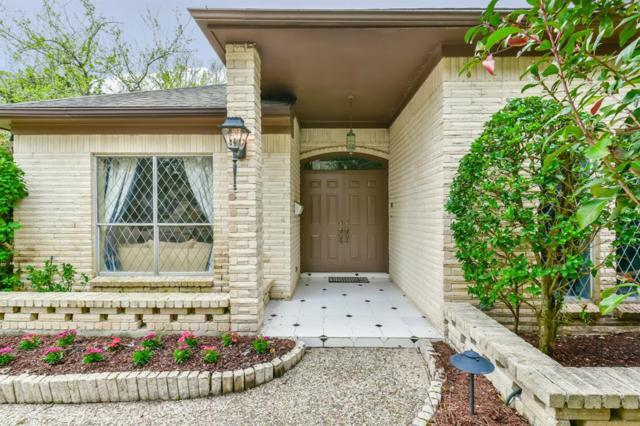 6118 Bankside Drive, Houston, TX 77096 (MLS #47438380) :: Texas Home Shop Realty