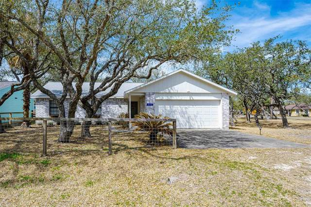 203 Winding Way, Rockport, TX 78382 (MLS #47451164) :: The SOLD by George Team