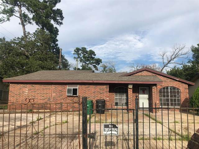 8906 Banting Street, Houston, TX 77078 (MLS #47451197) :: The SOLD by George Team