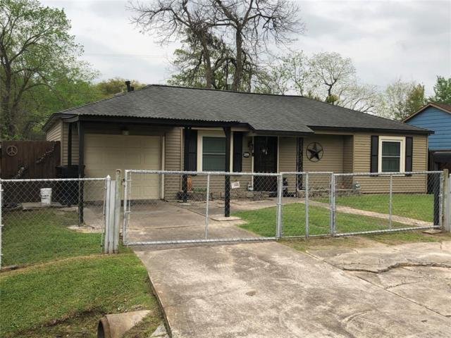 12006 Meadowgreen Street, Houston, TX 77076 (MLS #47488901) :: Giorgi Real Estate Group
