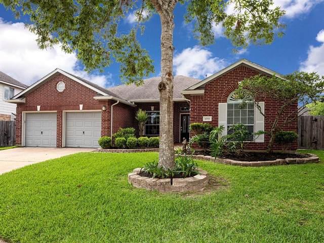 16906 Sandy Reef Court, Friendswood, TX 77546 (MLS #47499374) :: Rachel Lee Realtor