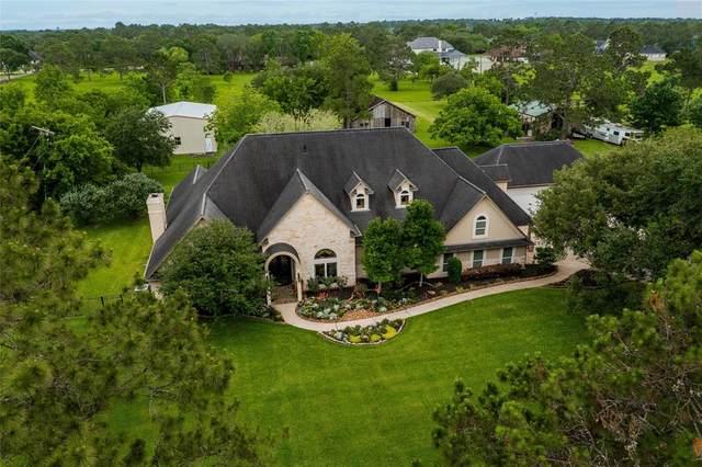911 Falling Leaf Drive, Friendswood, TX 77546 (MLS #47613110) :: Christy Buck Team