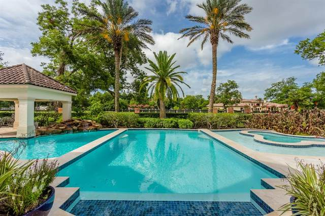 21 Grand Manor, Sugar Land, TX 77479 (MLS #47692295) :: Michele Harmon Team