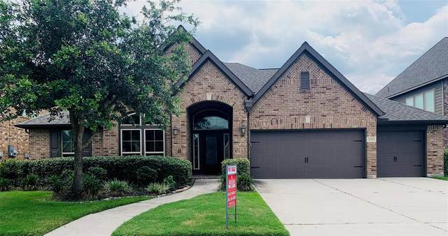 2410 Barton Shores Drive, Pearland, TX 77584 (MLS #47740586) :: Lerner Realty Solutions