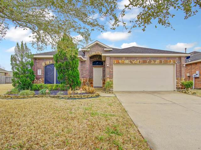 3221 Doves Nest Court, Dickinson, TX 77539 (MLS #47764333) :: Michele Harmon Team