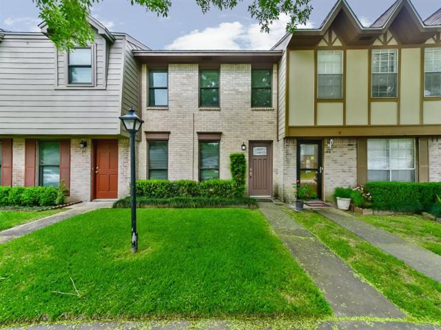 10011 Knoboak Drive #67, Houston, TX 77080 (MLS #47779826) :: Christy Buck Team