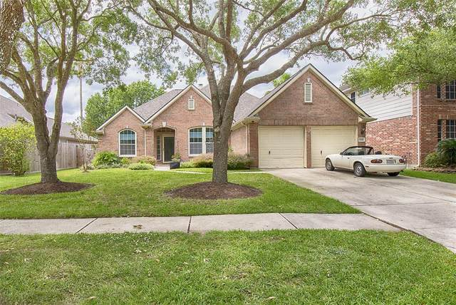 3208 White Sands Way, League City, TX 77573 (MLS #47826172) :: Christy Buck Team