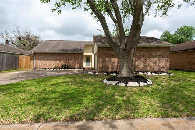 10003 Barmont Drive, La Porte, TX 77571 (MLS #47847542) :: The Sansone Group