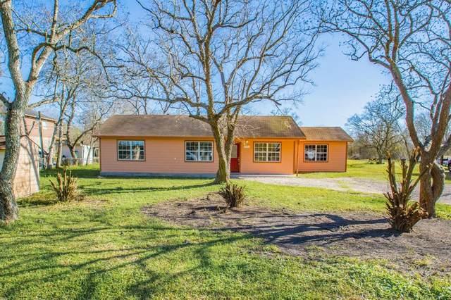 4307 S Meadows Drive, Alvin, TX 77511 (MLS #47888948) :: The Jennifer Wauhob Team