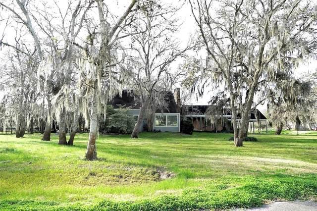 820 Pony Lane, Simonton, TX 77485 (MLS #47893516) :: The Home Branch