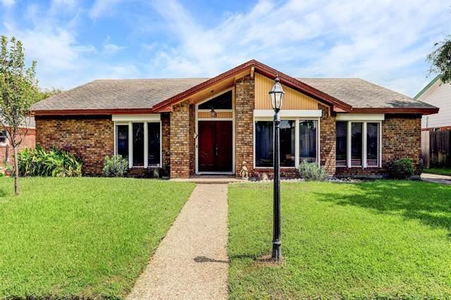 8 Colony Park Circle, Galveston, TX 77551 (MLS #47928050) :: The Jill Smith Team