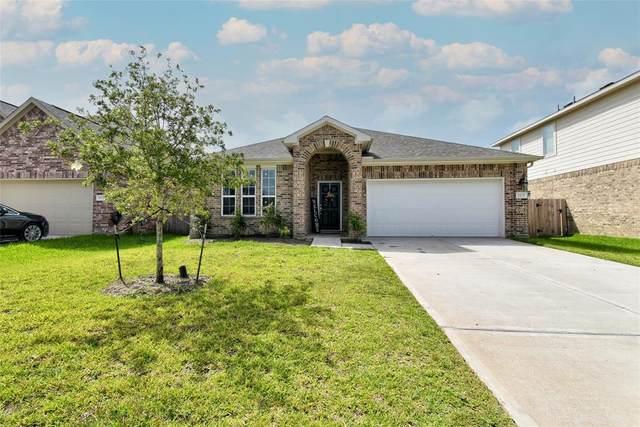 10022 Pine Valley Court, Baytown, TX 77521 (MLS #47943793) :: NewHomePrograms.com