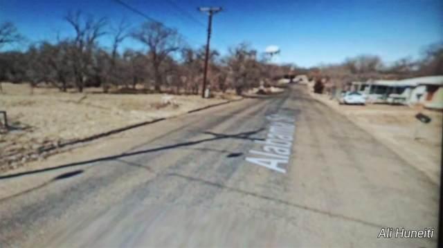 703 Alabama Street, Borger, TX 79007 (MLS #47955251) :: Michele Harmon Team