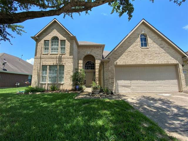 3914 Bracket Drive, Pearland, TX 77581 (MLS #47968311) :: Ellison Real Estate Team
