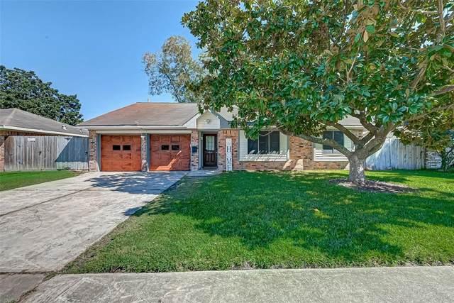 4425 College Park Drive, Deer Park, TX 77536 (MLS #47970759) :: Caskey Realty